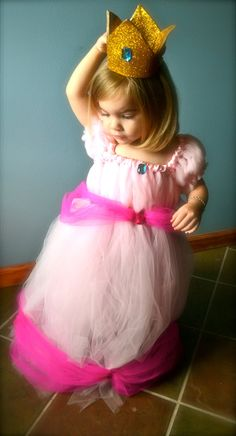 Princess Peach Tutu Dress -EEEE Mommy/Daughter matching costumes I see it now!!!!