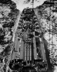 Edsall-class destroyer escort USS Menges returning to active duty after being repaired.[1571 x 1953]