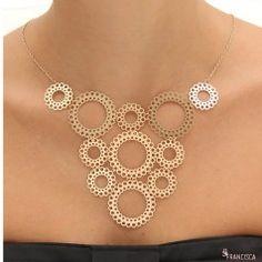 Maxi colar leve delicado semi joia folheado a ouro 18k