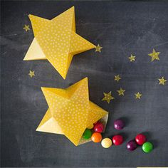 We have a super cute DIY Star Craft for you today. Oooh I love these little Star Shaped Treat Boxes! Aren't they simply adorable? I can think of SOOOO many uses for these Stars - you could use them at… Fun Crafts For Kids, Toddler Crafts, Arts And Crafts, Diy Crafts, Diy Gift Box, Gift Boxes, Holiday Fun, Christmas Crafts, Christmas Ideas