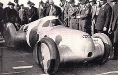 1935 Auto Union Type C Hans Stuck also Managed to Break Speed Records, Reaching 199 mph on an Italian Autostrada in a Streamlined Car with Enclosed Cockpit. Lessons Learned from this Streamlining were Later Applied to the Land Speed Record Car Classic Motors, Classic Cars, Nascar, Automobile, Auto Union, Porsche, Old Race Cars, Audi Sport, Vintage Race Car