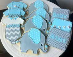 Elephant Themed Baby Shower Cookies @Amber Thibodeaux I'm dying over these!!! :)
