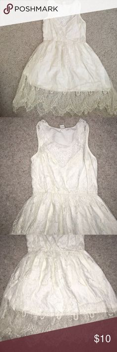 White lace dress Never worn! Very beautiful lace detailing on this dress. It runs slightly small/tight Forever 21 Dresses Mini