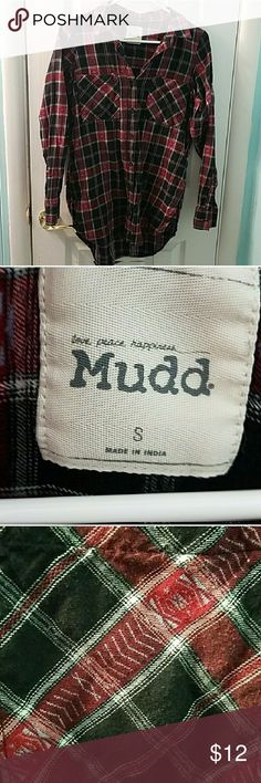 Mudd plaid oversized flannel shirt This beautiful top has been worn a few times but is in excellent condition.  The bust measures at 18 inches across and the length is 30 inches Mudd Tops Button Down Shirts