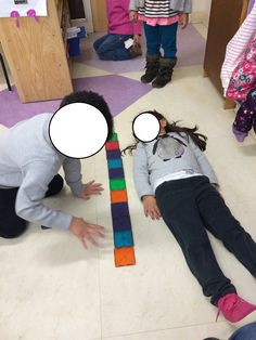 Measuring each other using magnatile's!