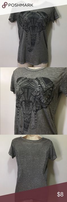 Well Worn Los Angeles Top Very soft and a little sheer t-shirt with elephant 🐘 print. Small front pocket. Gently worn. 55% Cotton, 45% Polyester Well Worn Brand Los Angeles Tops Tees - Short Sleeve