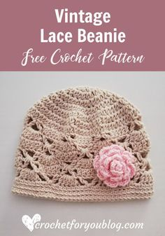A free crochet pattern of a Vintage Lace Beanie. Do you also want to crochet this beanie? Read more about the Free Crochet Pattern Vintage Lace Beanie. Baby Beanie Crochet Pattern, Bonnet Crochet, Crochet Beanie Hat, Crochet Cap, Crochet Baby Hats Free Pattern, Crochet Crown, Crochet Daisy, Crocheted Hats, Beanie Hats
