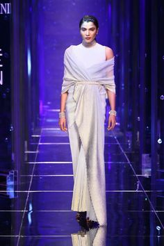 Tarun Tahiliani at Lakmé Fashion Week summer/resort 2018