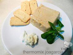 COPIADA Pastel de cabracho. Es ideal para aperitivos, y se suele consumir untando el pastel en tostadas de pan, se puede acompañar con un poco de mayonesa.