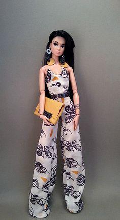 Fashion Royalty Dolls, Fashion Dolls, Fashion Dresses, Crochet Barbie Clothes, Doll Clothes Barbie, Barbie Top, Barbie Dress, Accessoires Barbie, Barbie Images