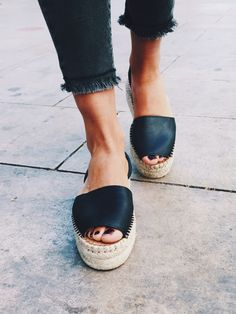 Ibizas Espadrille Black Sandal handcrafted by artisans in Spain. Handcrafted Soft leather upper Recycled rubber sole. Sustainable sandal for summer and other seasons.