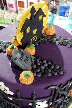Minion Torte Minion Prinzessin Mit Krone Themen