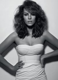 Short wavy hair. If I ever decide to cut my hair.