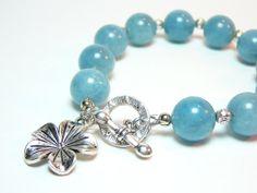 Large light sky blue aquamarine beads bracelet  by LightcityLife, €15.00