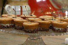 Kersenfinanciers Rudolfs Bakery, Panna Cotta, Oven, Muffin, Cherry, Food Porn, Cupcakes, Cookies, Breakfast