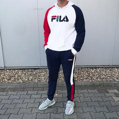 Cozy fit by *unpaid advertisement* ________________________________________________ Hoodie: Fila - JD… Dope Fashion, Sport Fashion, Fashion News, Fashion Outfits, Fila Outfit, Joggers Outfit, Nike Outfits, Sport Outfits, Track Suit Men