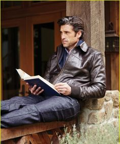 Patrick Dempsey Describes His Audition For 'Grey's Anatomy' & His First Read with Ellen Pompeo!: Photo Patrick Dempsey looks suave and as handsome as ever on the cover of Manhattan magazine's October 2014 issue. Alyson Hannigan, Matthew Mcconaughey, Grey's Anatomy, Celebrities Reading, Hot Guys, Guys Read, Derek Shepherd, Cinema, Hommes Sexy