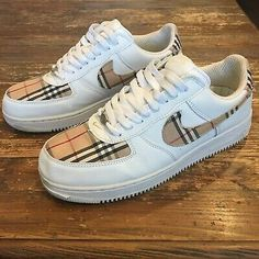 costumized shoes nike - Informations - Nike Air Force Ones, Air Force One Shoes, Cute Sneakers, Sneakers Mode, Sneakers Fashion, Fashion Shoes, Basket Style, Fresh Shoes, Simple Shoes