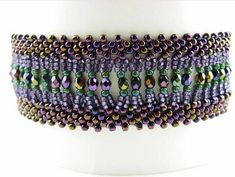 flatchain bracelet Kelly Wiese size 11 and size 15 Japanese seed beads, 3mm fire polish beads and 4mm fire polish beads for the clasps