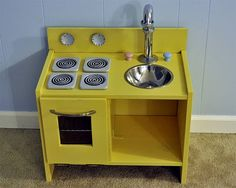 Ikea hack: play kitchen RAST bedside table + DIY = play kitchen
