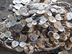 How to Buy Vintage Mother of Pearl Buttons