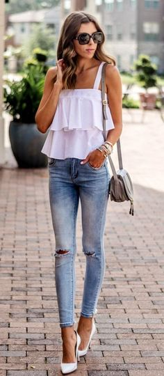 Take a look at the best summer outfits for skinny girls in the photos below and get ideas for your outfits! / Sleeveless Striped Top + Black Skinny Pants Image source Cute Summer Outfits For Teens 56 Image… Continue Reading → White Heels Outfit, Heels Outfits, Chic Outfits, Trendy Outfits, Work Outfits, Outfits For Girls, Jean Outfits, Fall Outfits, Fashion Mode