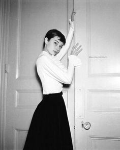 Sorry for the extended break this post is long overdue! My apologies || photographed by Cecil Beaton in London, England in 1955. #audreyhepburn
