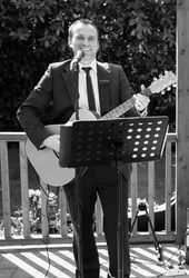 Chris Fletcher Guitar-Vocalist Perfect background music for wedding ceremonies, Wedding Breakfasts & Drinks Receptions Playing acoustic covers by The Beatles, Coldplay, Oasis, Paul Simon, Paolo Nutini & many more
