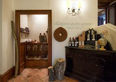 Gli interni @CASTELLO CHIOLA Loreto Aprutino, Pescara, Italia.  www.castellochiola.com
