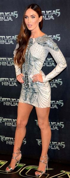 Sexy Celebrity Legs And Feet Megan Fox Legs, Megan Fox Hot, Megan Denise Fox, Megan Fox Images, Megan Fox Pictures, Sublime Creature, Talons Sexy, Famous Girls, Beautiful Legs