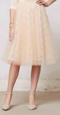I'm loving the lace under the tulle. <3