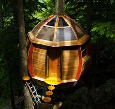 The perfect place to power up your rocket exploration fantasies. -- 23 Magical Tree Houses We Want To Play In