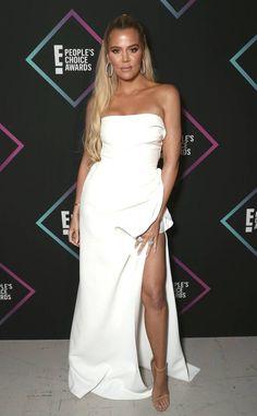 Khloe Kardashian from 2018 People's Choice Awards: Red Carpet Fashion Kris Jenner, Kendall Jenner, Kylie, Kourtney Kardashian, Estilo Kardashian, Jenner Style, Red Carpet Looks, Red Carpet Fashion, Get The Look
