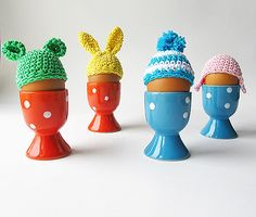 Little Things Blogged: Easter Egg Beanies for SHE KNOWS This is such a cute idea!!
