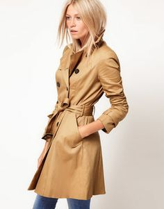 Asos Classic Trench in rich beige. What a staple piece! This would work so well for different occasions, like work or everyday wear.