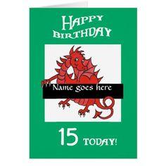 Tarjeta de cumpleaños roja linda del dragón a pers