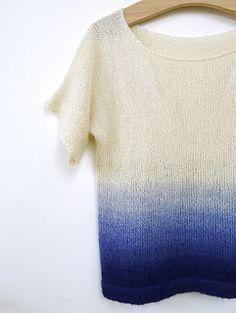 POLINA ist ein leichter luftiger Pullover aus SILKMOHAIR von Magliamania Hand Dyed Yarn.