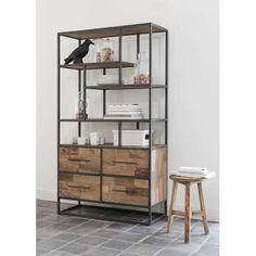Laat je verrassen door onze uitgebreide collectie boekenkasten. In hout, metaal, wit of een kleur. De mogelijkheden zijn eindeloos. Welke past bij jou?