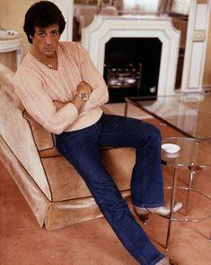 🍑🙄Friday, Feeling Peachy🙄🍑 Sylvester Stallone in London, 1982 📸 Michael Putland Sylvester Stallone, Rocky Balboa, Arnold Schwarzenegger, Hollywood Actor, Hollywood Actresses, Rocky Film, Rocky Series, Stallone Rocky, John Rambo