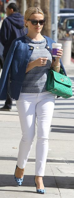 Who made  Reese Witherspoon's green handbag, blue jacket, tweed shirt, and white jeans?