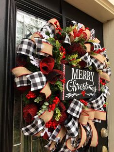 Christmas time tips are offered on our site. Read more and you will not be sorry you did. Merry Christmas Sign, Rustic Christmas, Christmas Home, Christmas Holidays, Christmas Crafts, Etsy Christmas, Buffalo Check Christmas Decor, Country Christmas Trees, Christmas Swags