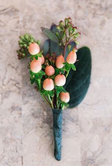 Simple Berry Boutonniere | Wedding Flowers