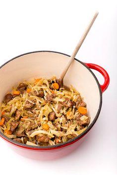 Finse koolstoof Japchae, Inspireren, Ethnic Recipes, Finland, Food, Kitchen, Baking Center, Cooking, Kitchens