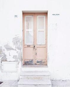 Pink Door   Colour