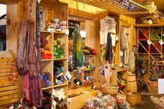 Excellent lighting and brightness Crochet Yarn, Knitting Yarn, Yarn Display, Yarn Store, Craft Stores, Fiber Art, Crochet Projects, Lana, Family Room
