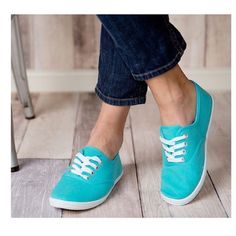 • listing • Size 7 sneakers Shoes