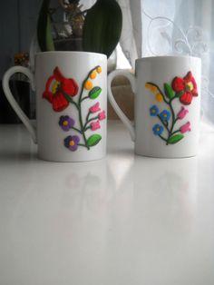 Traditional kalocsa hungarian ceramic mug, polymer clay pattern. by PandoraPolymerclay on Etsy