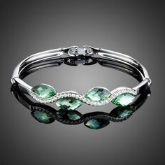 Fashion Jewelry Light Green Stellux Austrian Crystal Water Drop Bangle Bracelet for Women Just look, that`s outstanding! Cute Jewelry, Jewelry Accessories, Fashion Accessories, Women Jewelry, Fashion Jewelry, Jewelry Necklaces, Beautiful Gifts, Beautiful Outfits, All About Fashion