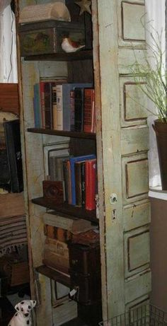 Old Shabby Doors.transformed into an awesome book lovers shelf unit.too chic. - Old Shabby Doors…transformed into an awesome book lovers shelf unit…too chic… Alte schäbige - Furniture Projects, Home Projects, Diy Furniture, Old Door Projects, Antique Furniture, Repurposed Items, Repurposed Furniture, Recycled Door, Salvaged Doors