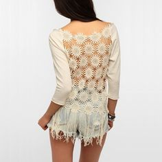 Urban Outfitters Floral Crochet Fringe Sweater S This breezy sweatshirt by Staring At Stars from Urban Outfitters features a full crochet fringe back, perfect for balmy days! Brand new without tags, never worn. Urban Outfitters Sweaters Crew & Scoop Necks